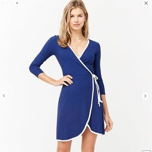 Forever21 Navy Blue and White Wrap dress